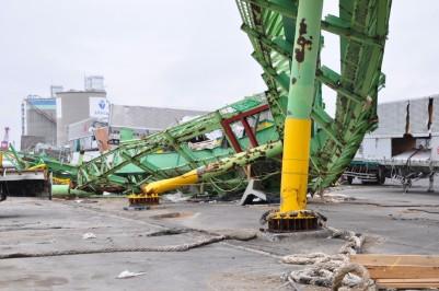 20110511東日本大震災仙台港2.jpg